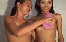 Thai lesbians getting kinky