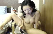 Thai girl masturbating on webcam